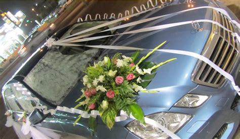 dekorasi mobil pengantin koleksi rangkaian bunga