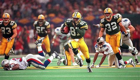 Super Bowl Xxxi Picture Super Bowl Through The Years