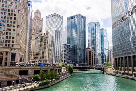 Of Chicago by Record Breaking Number Of Tourists Visit Chicago In 2017