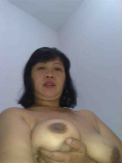 Foto0677  In Gallery Mature Indonesia Pembantu Self Photos Nude Picture 4 Uploaded By Pak