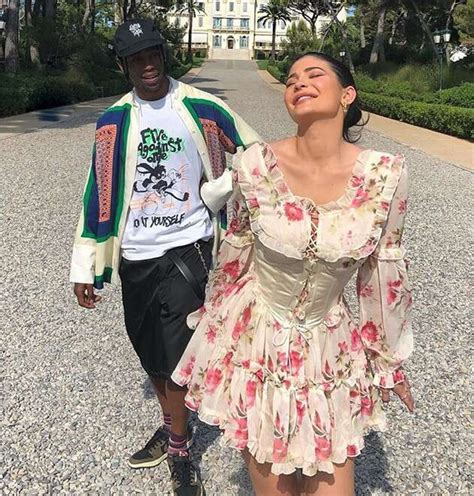 Bugatti chiron kylie jenner, chiron for a drive and white bugatti kylie jenner flaunted her already impressive collection truly unique. Billionaire Kylie Jenner Buys Travis Scott A $3M Bugatti Chiron For His Birthday! (Pics)5