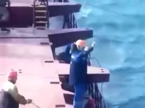 Big Boat Fails by Boat