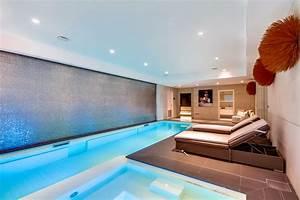 piscine intrieure sous sol design piscine interieur With maison en forme de u 7 magnifique extension bois avec piscine interieure