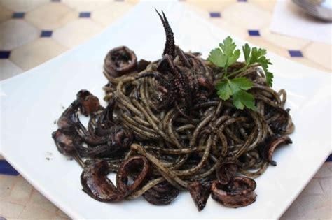 pasta al nero ou les p 226 tes 224 l encre de seiche la cuisine 224 quatre mains