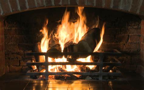 Realistic Fireplace Screensaver - virtualfireplace by tillmania limited app info