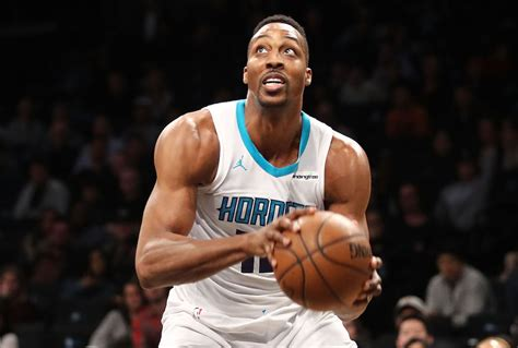 Post Up Dwight Howard Goes Off For 3030 Line In Hornets Win