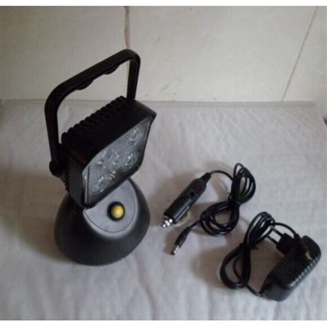 rechargeable led work light with magnetic base 15w rechargeable led work light spot search light with