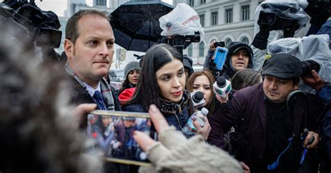 Emma Coronel Aispuro Set to Plead Guilty to Helping Run ...