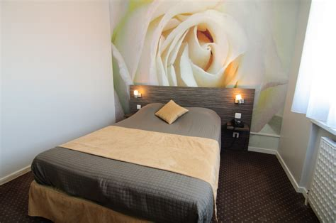 description chambre hotel chambre quot blanche quot hotel dauly lyon bron
