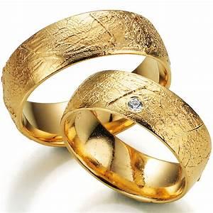 Wie Reinigt Man Gold : ausgefallene eheringe gelbgold beliebtester schmuck ~ Yasmunasinghe.com Haus und Dekorationen
