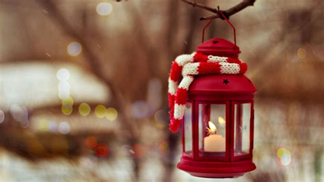 christmas lanters wallpaper winter new year christmas scarf lantern red lantern with a candle inside