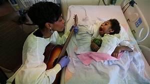 Video | Sick Kids - Music Therapy | Toronto Star