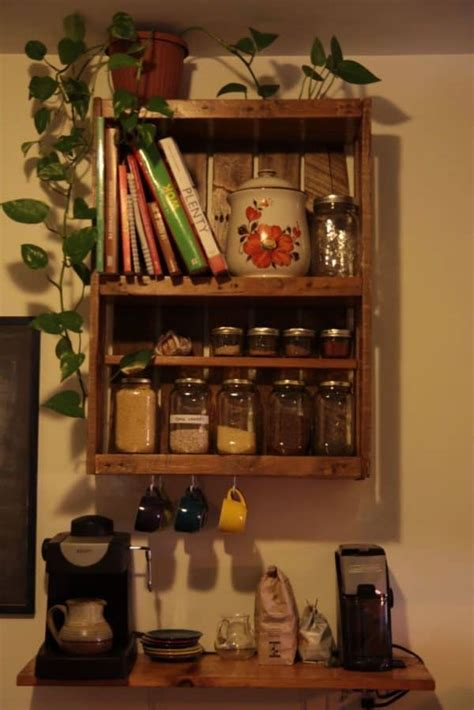ways  reusing wooden pallets   kitchen recyclart
