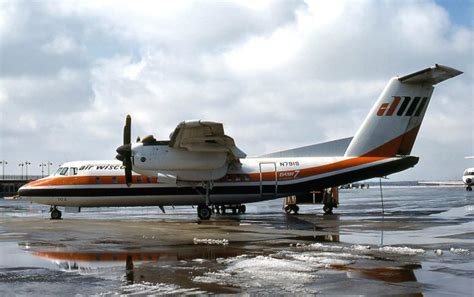 Air Wisconsin DHC-7