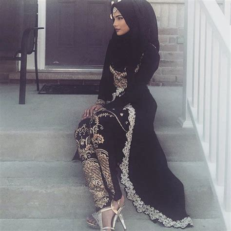 instagram photo  atmuslimahapparelthings  likes asian outfits muslim fashion