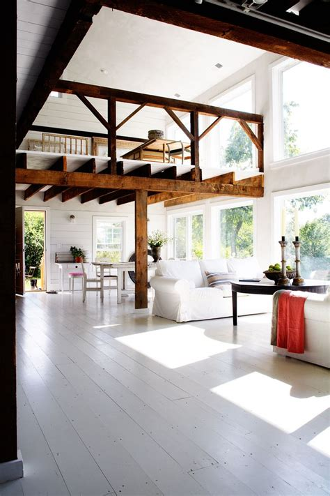 Barn Renovation Costs by Best 25 Barn Renovation Ideas On Converted