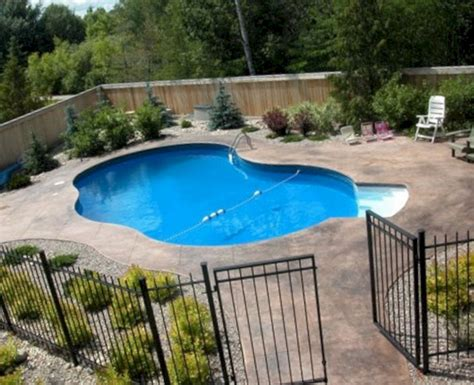 Backyard Swimming Pool Designs 2
