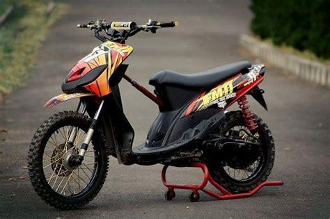 Modifikasi Mio Soul Jadi Motor Trail by Modifikasi Yamaha Mio Menggunakan Ban Trail Tak Gagah