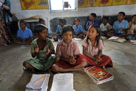 education in india karuna shechen 270 | Bodh Gaya 2013 404