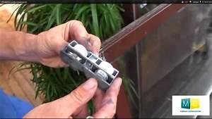 Galet Pour Baie Coulissante : roulettes porte coulissante sliding door roller repair video youtube ~ Melissatoandfro.com Idées de Décoration