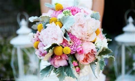 pick  wholesale wedding flowers