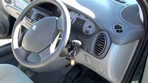 Renault Scenic 2004 : renault scenic 2004 2l auto youtube ~ Medecine-chirurgie-esthetiques.com Avis de Voitures