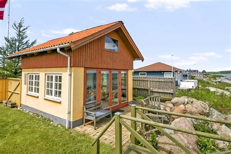 Small Homes : Tiny Beachfront Cottage In Denmark