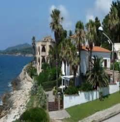 Immobilien In Italien : immobilien ligurien kaufen immobilienkauf italien ~ Lizthompson.info Haus und Dekorationen