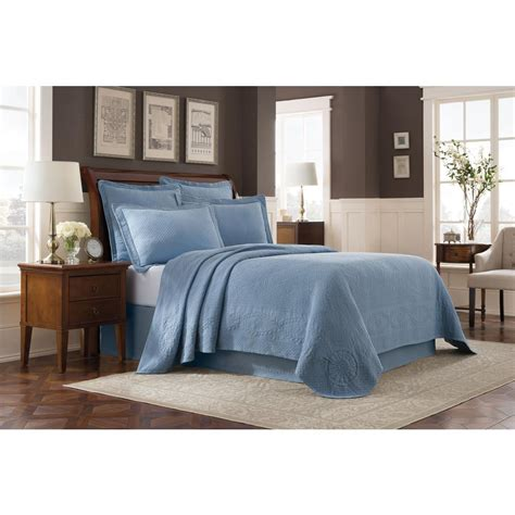 Royal Blue Coverlet by Royal Heritage Home Williamsburg Abby Blue King Coverlet
