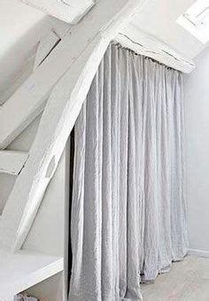 rideau rigide pour placard dressing sous comble avec roulettes et rideau castorama