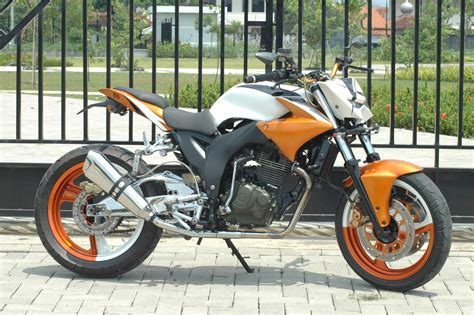 Biaya Modifikasi Motor Tiger by Honda Tiger Modif Streetfighter Metroseksual Modifikasi