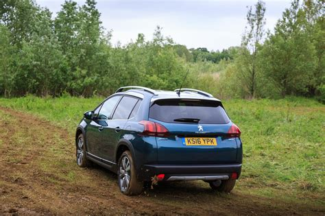 peugeot  compact suv gt  gallery