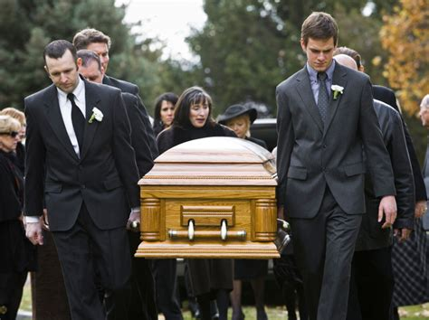 funeral attire funeral etiquette and what to wear to a funeral