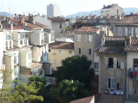 locations appartement t2 f2 marseille 13006 notre dame