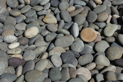 mexican beach pebble  river rock arroyo building
