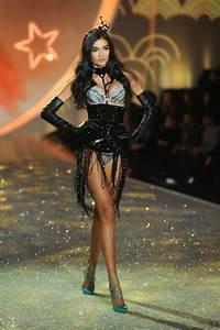2013 Victoria's Secret Fashion Show - Show - Zimbio