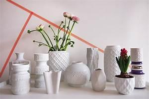 Kleine Weiße Vasen : wei es gold neue vasen aus porzellan und keramik the ~ Michelbontemps.com Haus und Dekorationen
