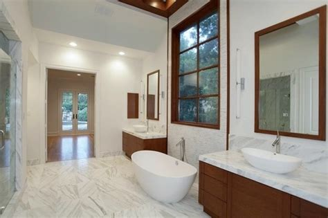 A Striking (and Unusual) Contemporary Master Bath Remodel