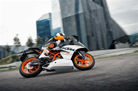 Ktm Rc 200 Backgrounds by Ktm Rc 390 Wallpapers Wallpaper Cave