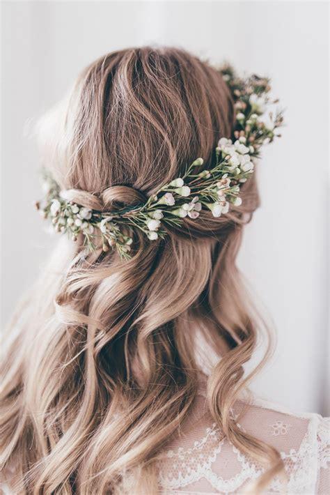 Botanical Styled Shoot Wedding Hair Flower Crown