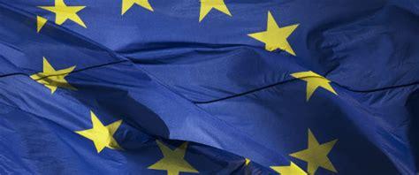 trattato di maastricht testo la nascita dell unione europea il post