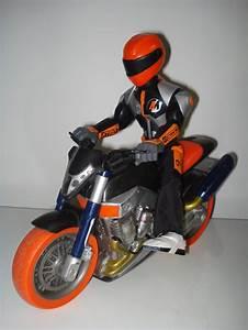 Action Auto Moto : jouets action man moto ventes diverses occasion ~ Medecine-chirurgie-esthetiques.com Avis de Voitures