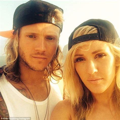 Ellie Goulding and boyfriend Dougie Poynter look loved-up ...
