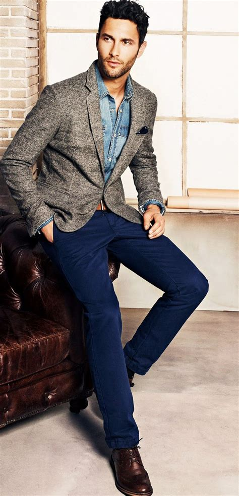 Blue jeans combined with a Tweed Jacket. Configure your ...