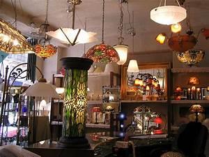 Boutique Deco Paris : luminaire magasin lampe ronde design marchesurmesyeux ~ Melissatoandfro.com Idées de Décoration