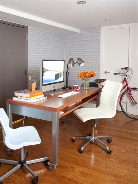 Decorating Ideas For Bedroom Office by Decorating Ideas For A Small Bedroom Or Home Office Hgtv