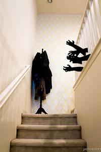 Deco Halloween Diy : creepy diy halloween decorations for a spooky halloween easyday ~ Preciouscoupons.com Idées de Décoration