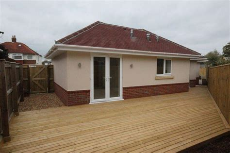 Bedroom Bungalow For Sale In Cranleigh Road, Southbourne