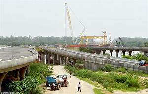 Construction of the Yamuna Signature Bridge hit by more ...