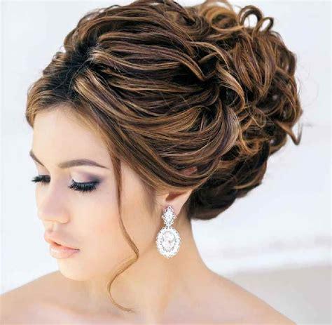 popular cute wedding guest hairstyles  short hair